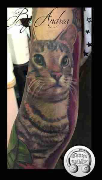 "alt=""tatuaggi animali realistici gatto Mister"""