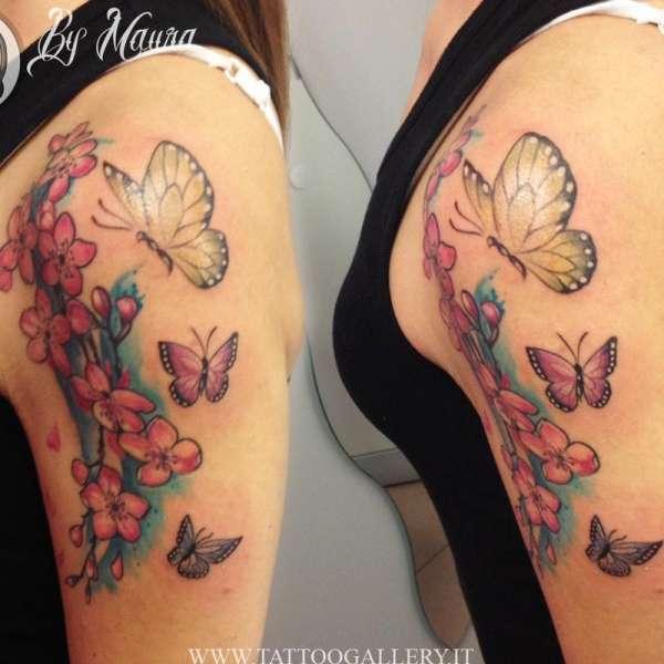 fiori di ciliegio con farfalle by Maura