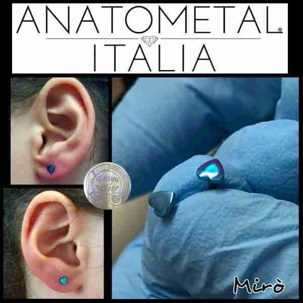 """alt=""""piercing sterili, titanio, jewelry anatometal, piercing ferrara heart anozide anatometal jewelry"""""""