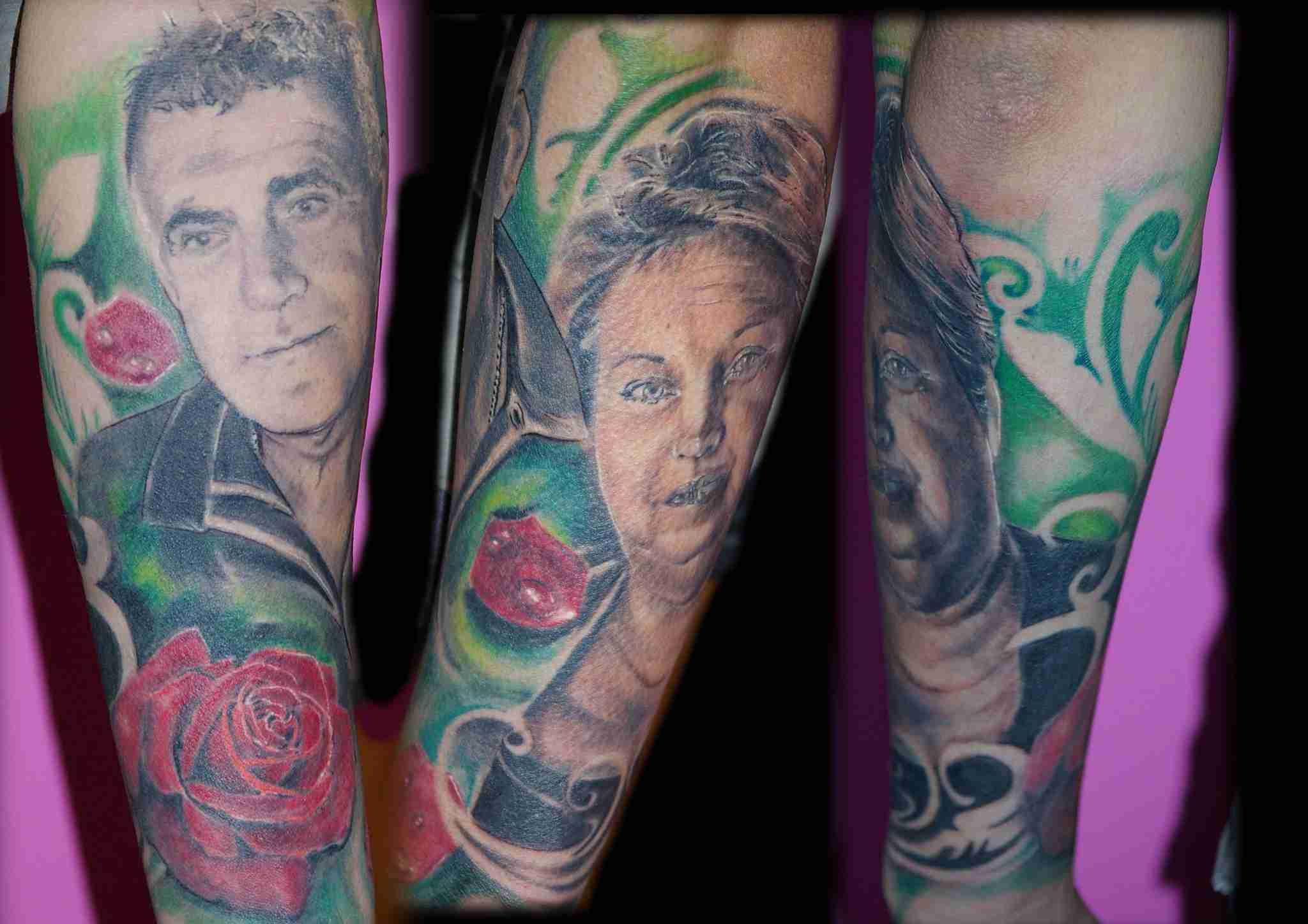 """alt=""""tatuaggi ritrattistici genitori mamma e papà by andrea"""""""