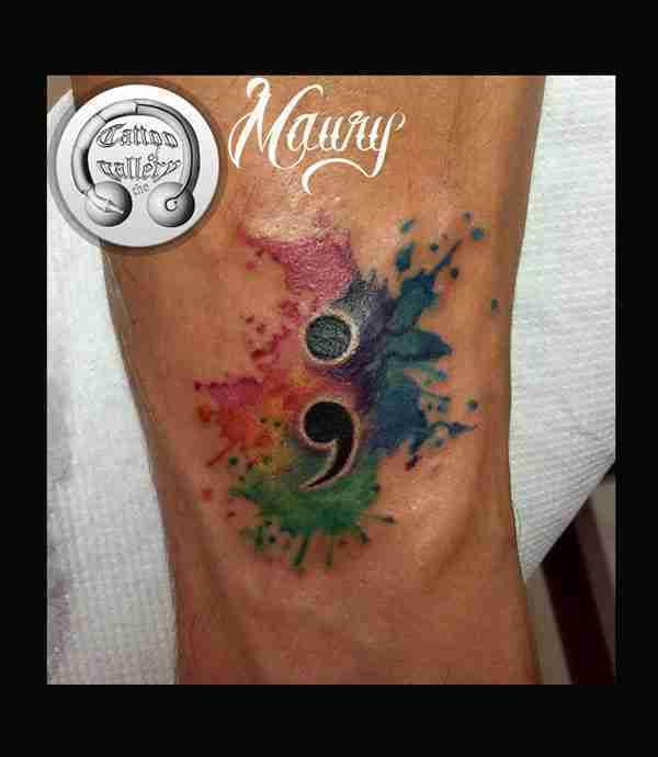 punto-e-virgola-tattoo-sito