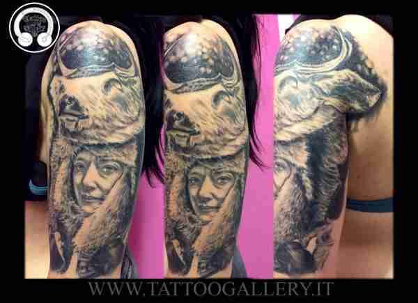 """alt=""""tatuaggi ritratti,ritratto femminile con copricapo testa di cervo by andrea"""""""