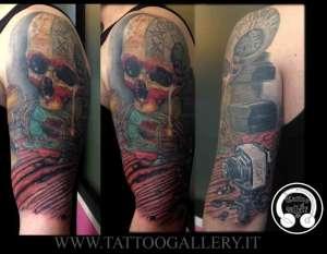 """alt=""""tatuaggi realistici Andrea teschio"""""""