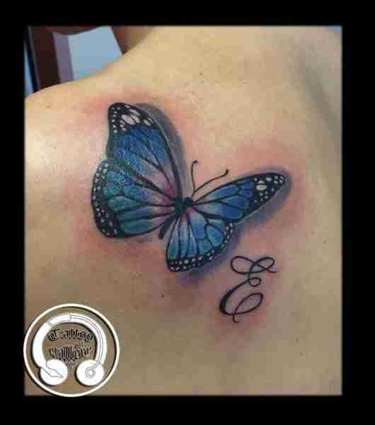"""alt=""""tatuaggi newschool farfalla"""""""