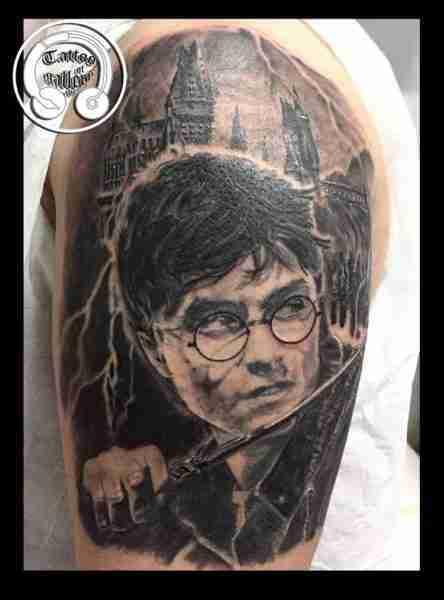 alt=tattoo ritratti harry potter!