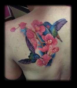 """alt=""""tatuaggi newschool colibrì"""""""