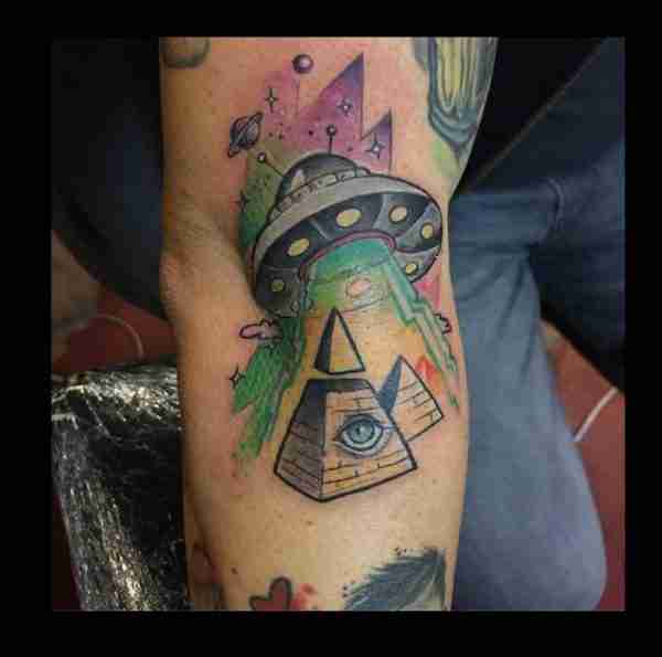 "alt=""tatuaggi newschool conspiracy"""
