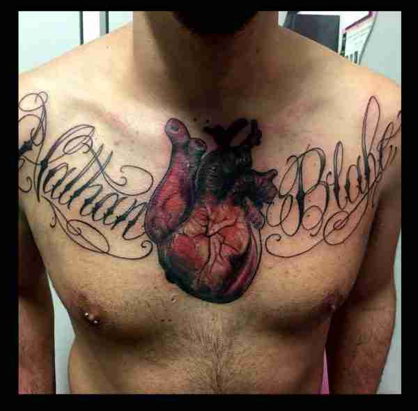 "alt=""tatuaggirealistici cuore anatomico"""