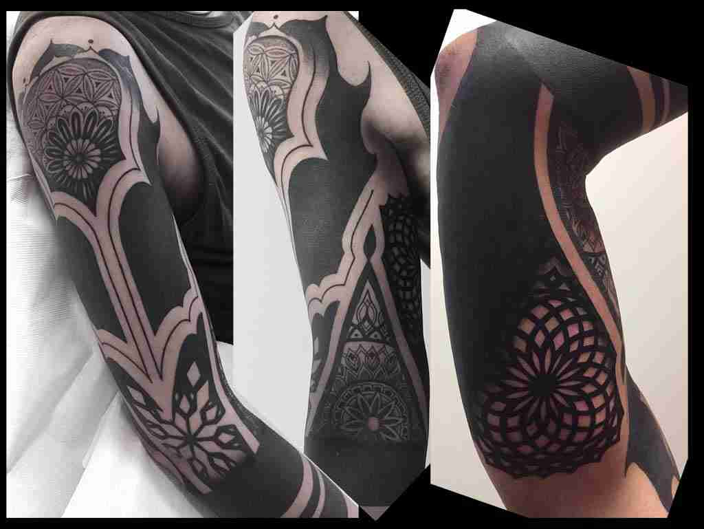 "alt=""tribal tattoo geometrico"""