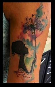 "alt=""tattoo watercolor soffione"""