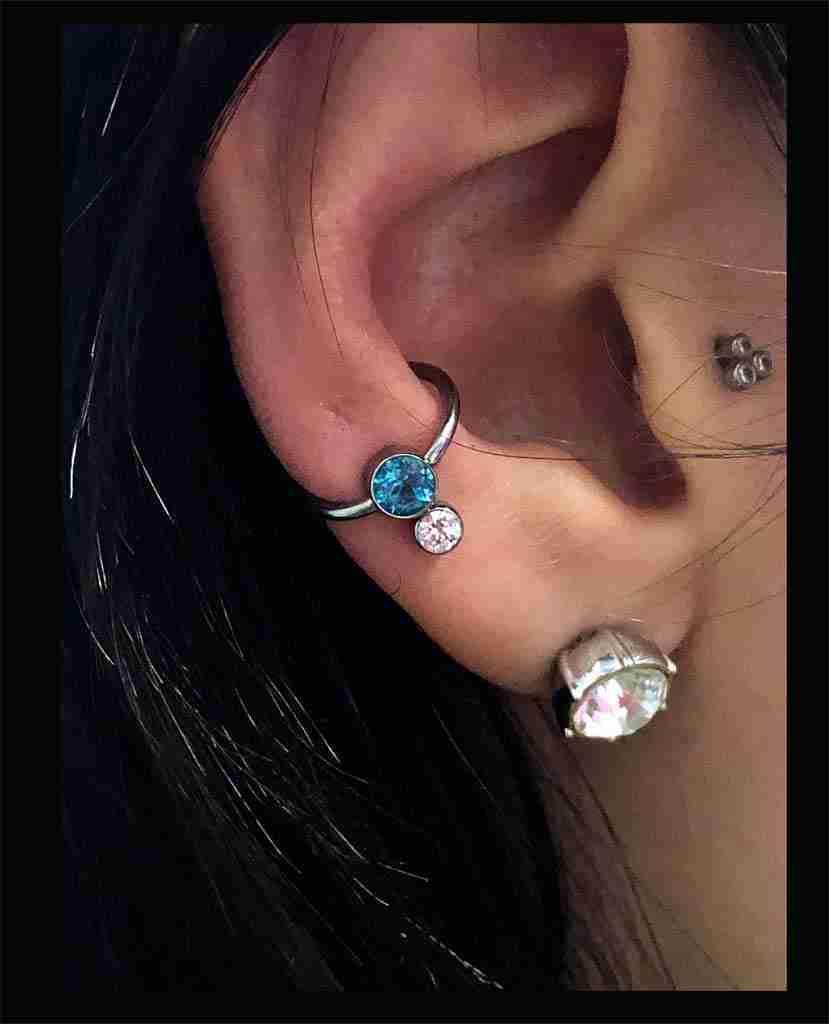 """alt="""" cambio piercing orecchio + gioiello"""""""